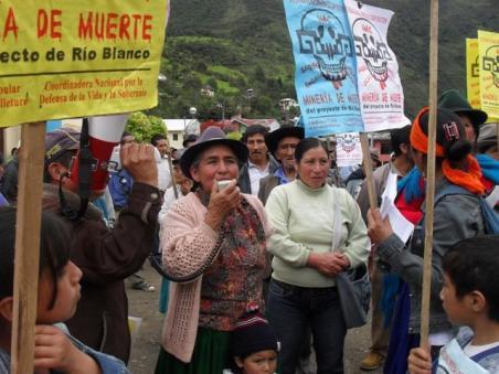______________________ecuador_rechazo_a_minera