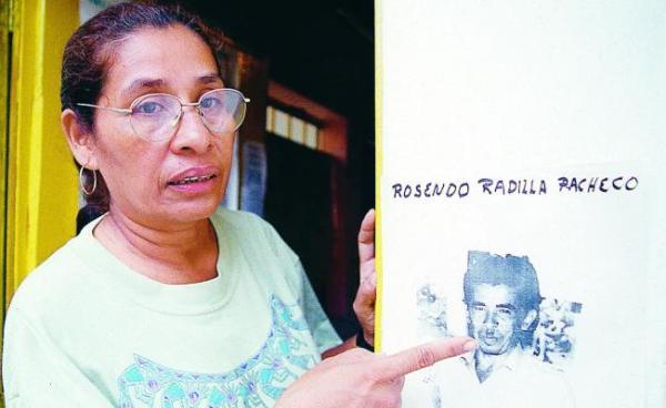 ___Tita Radilla_-porRosendo__
