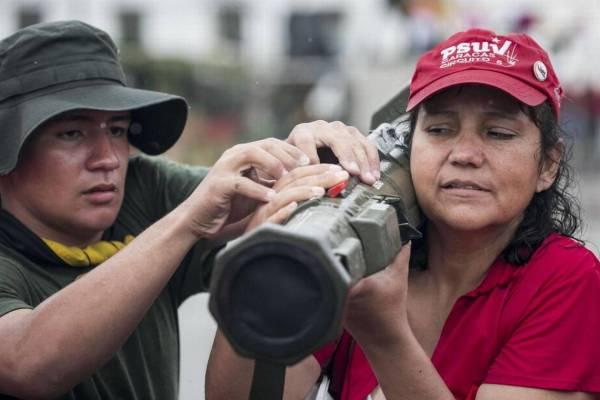______venezuela defensa popular