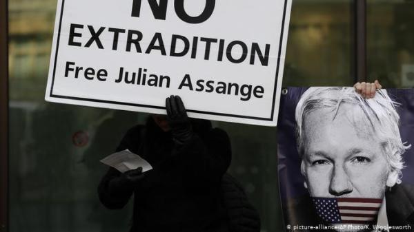 ______Assange-