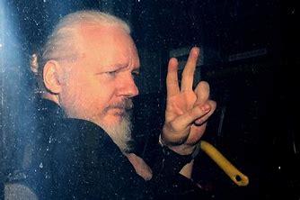 ____Julian Assange