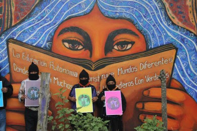 ______MEX_zapatistas-mural-