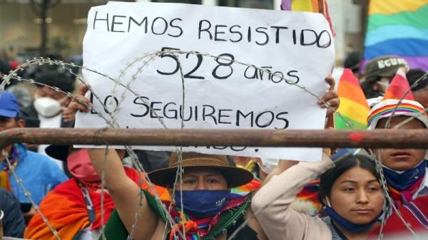 ___Resistir Ecuador_____jpg
